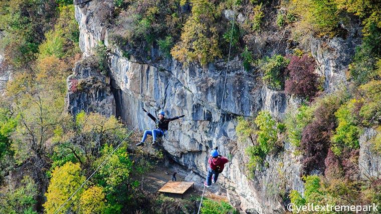 zipline flight in armenia in autumn