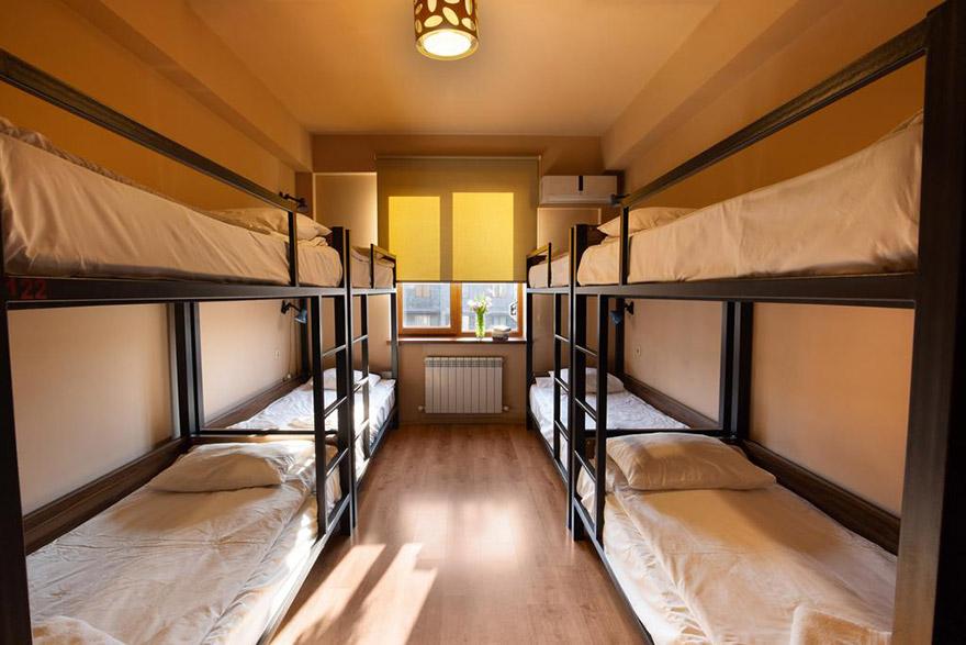 Kantar Hostel